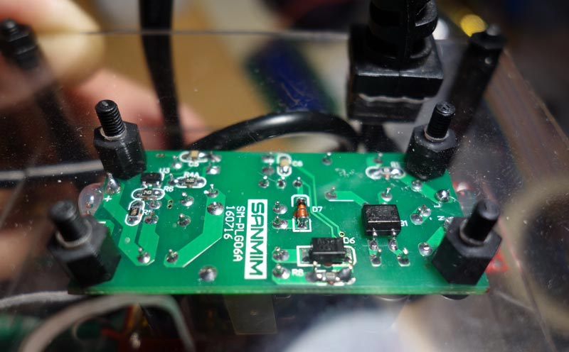 Micro-Fuente-5v-Sanmim-separadores-nylon